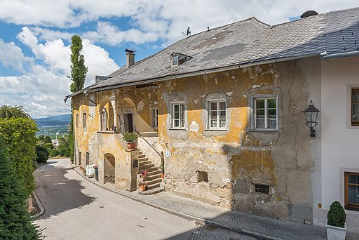 Althofen Burgstrasse 9 Wohnhaus Schwarz am Berg 24062015 5223