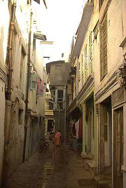 Eine Gasse in der Altstadt von Ahmedabad