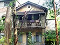 An old house in Ganeshwadi off F C Road ( Joshi Bungalow) - panoramio.jpg