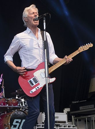 Andy Bown - Bown performing with Status Quo at Gröna Lund in 2016