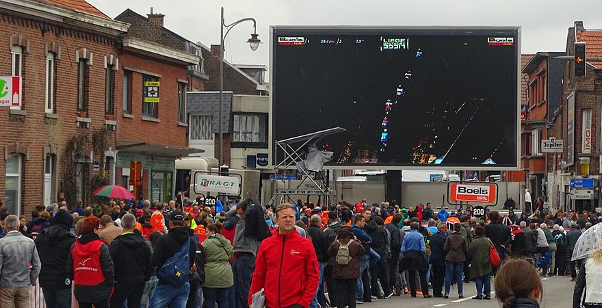 Ans - Liège-Bastogne-Liège, 26 avril 2015, arrivée (A59).JPG