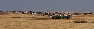 Arapiles, Castile and León - Image: Arapiles, vista de la población desde el este