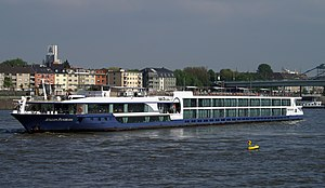 Avalon Panorama (ship, 2011) 005.JPG