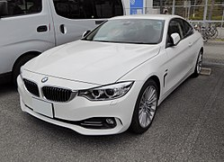 BMW 420i Coup%C3%A9 Luxury (F32) front.JPG