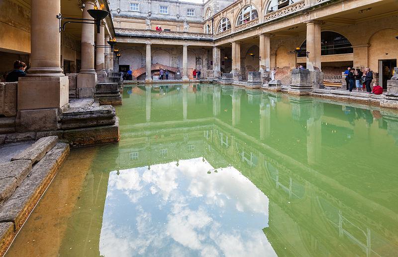 Baños Romanos De Bath:Ficheiro:Baños Romanos, Bath, Inglaterra, 2014-08-12, DD 21JPG