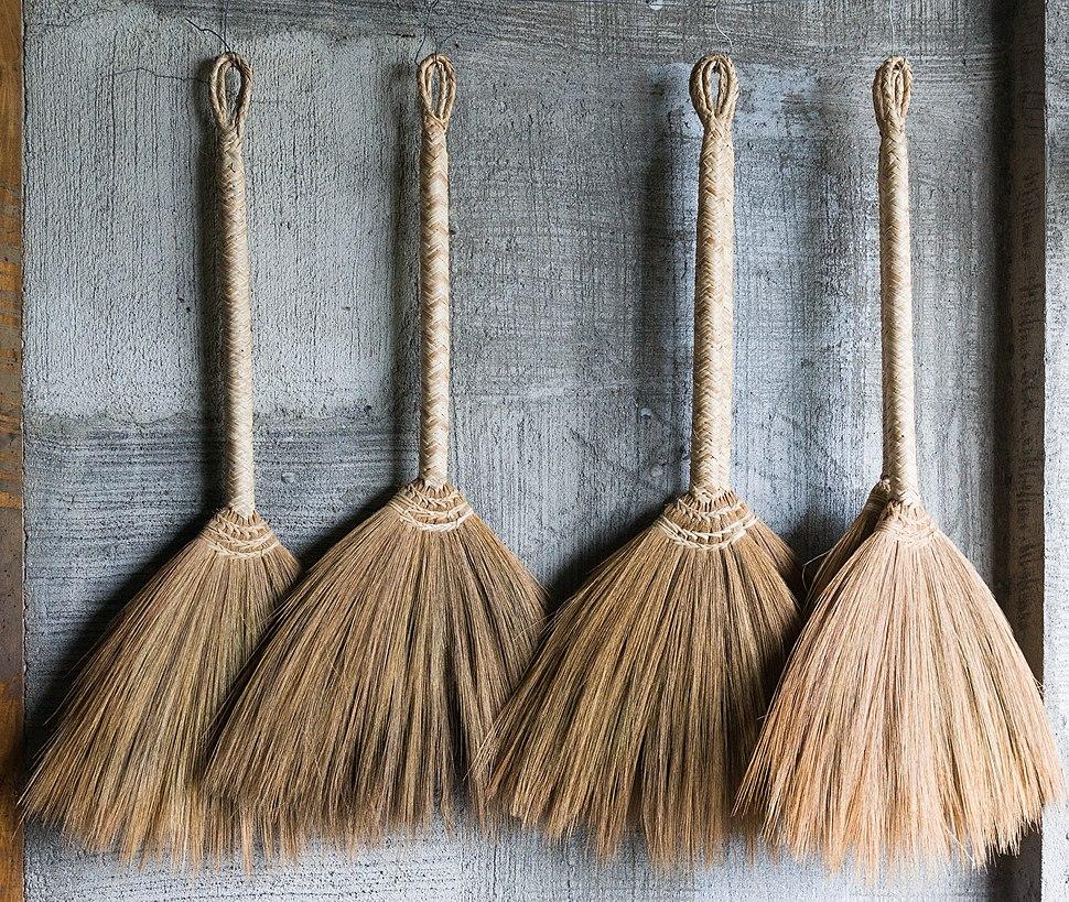 Banaue Philippines Handmade-brooms-01
