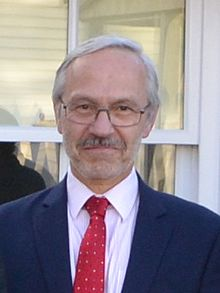 Barry Elsby (cropped).jpg