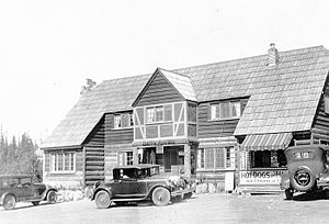 Government Camp, Oregon - Image: Battle Axe Inn at Government Camp Oregon, 1927 (5731117456)