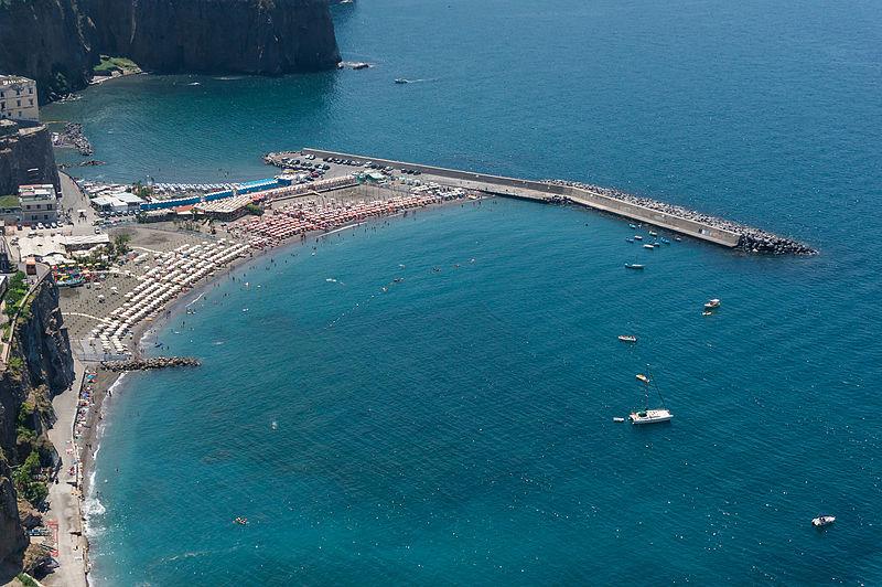 File:Beach Montechiaro.jpg