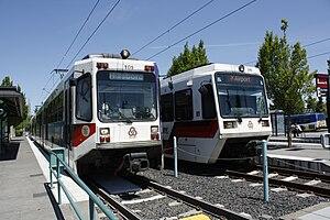 English: TriMet MAX trains at Beaverton Transi...