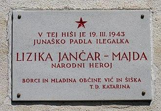Lizika Jančar - Plaque in Belo commemorating Lizika Jančar