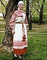 Beloruska zhenska nosija.jpg