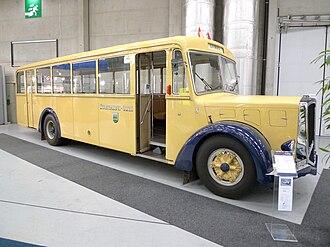 Berna - A Berna 4 UPO autobus of 1946.