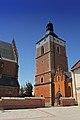 Biecz zespół kościoła farnego p.w. Bożego Ciała, XV, XIX dzwonnica.jpg