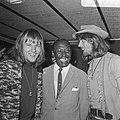 Bijeenkomst van Cuby and the Blizzards. Harry Muskee (links), Eddy Boyd (midden), Bestanddeelnr 921-4513.jpg
