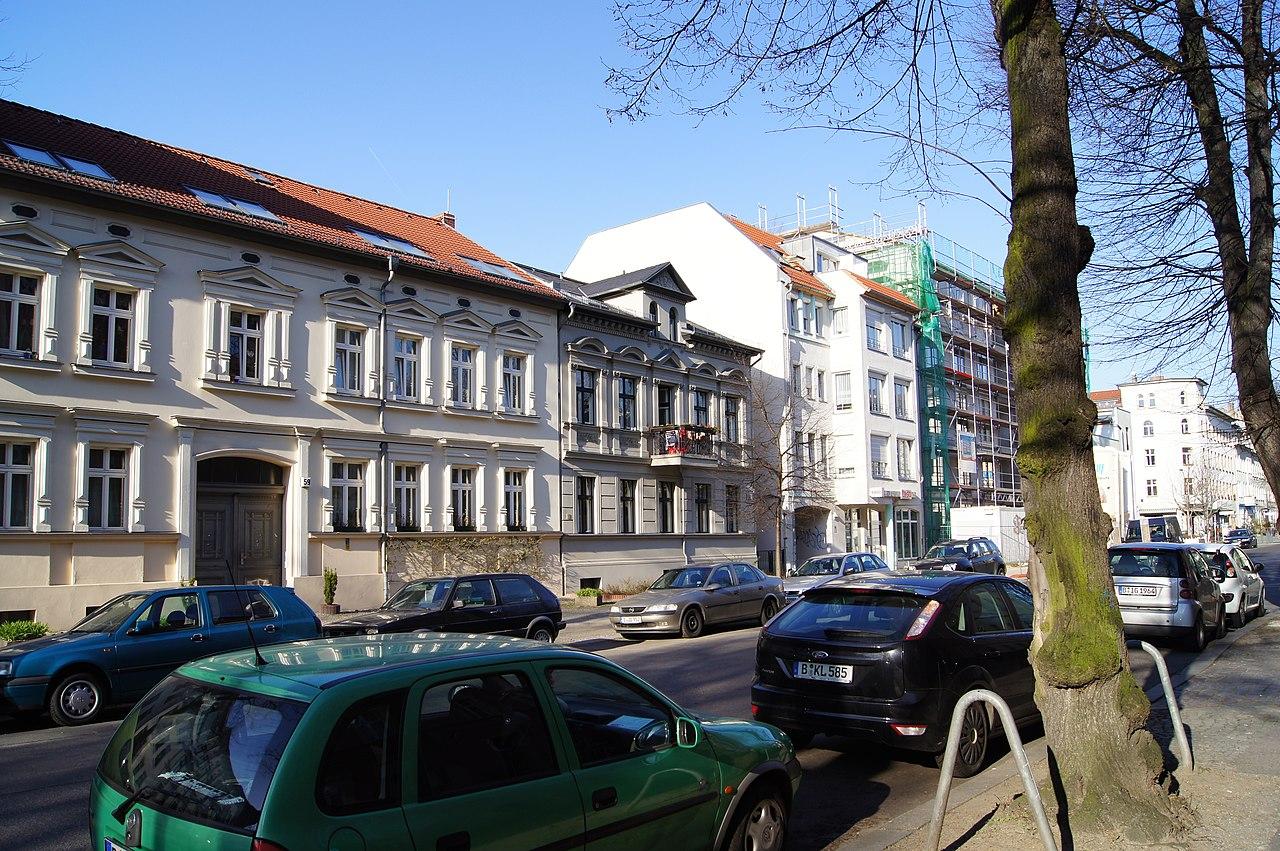 file bizetstrasse berlin weissensee 00627 jpg wikimedia commons. Black Bedroom Furniture Sets. Home Design Ideas