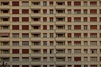 Renens - View of an apartment block in Renens