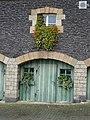 Blumenfenster neben der Klostergärtnerei Maria Laach 2.jpg