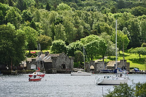 Boathouses at Fell Foot (6617)