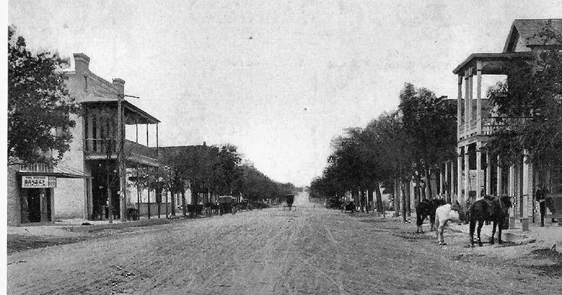 File:Boerne Main Street.jpg