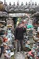 Bohdan Litnianski dans son Jardin des Merveilles. Viry-Noureuil. Aisne.jpg