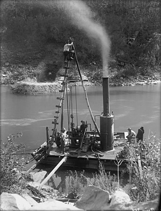 Boise River - Boise Irrigation Project, 1910 Photo by Walter Lubken.