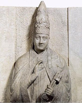 Ferdinand IV of Castile - Relief depicting Pope Boniface VIII, who legitimized in 1301 the marriage of Sancho IV of Castile with María de Molina, parents of Ferdinand IV.