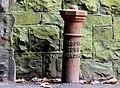 Boundary post, Hilden (1) - geograph.org.uk - 1815694.jpg