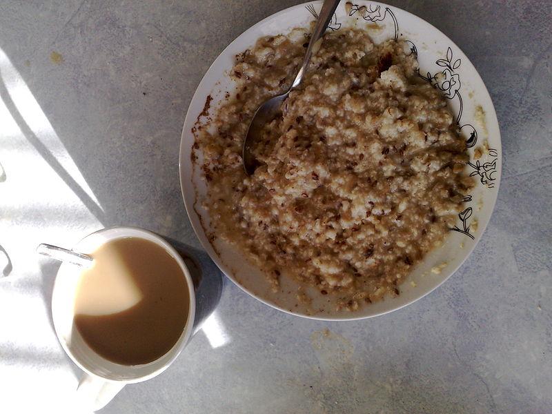 File:Breakfast (2359927505).jpg