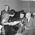 Bruidspaar Ruts de Keizer 82 en 84 jaar te Amsterdam getrouwd, Bestanddeelnr 915-3537.jpg