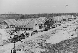 History of German settlement in Central and Eastern Europe - New houses for resettled Germans in Reichsgau Wartheland, 1940.