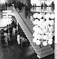 Bundesarchiv Bild 183-D0720-0013-003, Neubrandenburg, Haus der Kultur und Bildung, Foyer.jpg