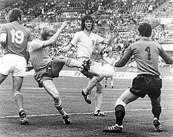 Ralf Edström och Roland Sandberg under VM 1974 mot Bulgarien. c2ce5abb15a78