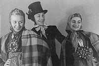Bundesarchiv Bild 183-R90179, Budapest, II. Weltfestspiele, Tanzgruppe aus Lettland.jpg