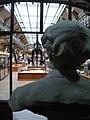 Buste d'Albert Gaudry (1827-1908) situé face à la galerie de Paléontologie - Jardin des plantes - MNHN - 1.jpg