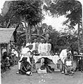 COLLECTIE TROPENMUSEUM Vaccinatie in de desa's in verband met de pestbestrijding te Malang Oost-Java TMnr 10006672.jpg