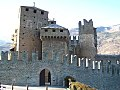 Castello di fenis1.jpg
