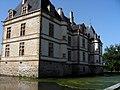 Château de Cormatin, douves.JPG