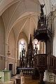 Chaire et abside de l'église Saint-Martin de La Mézière, France.jpg