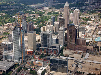 English: Aerial photo of Charlotte, NC center ...