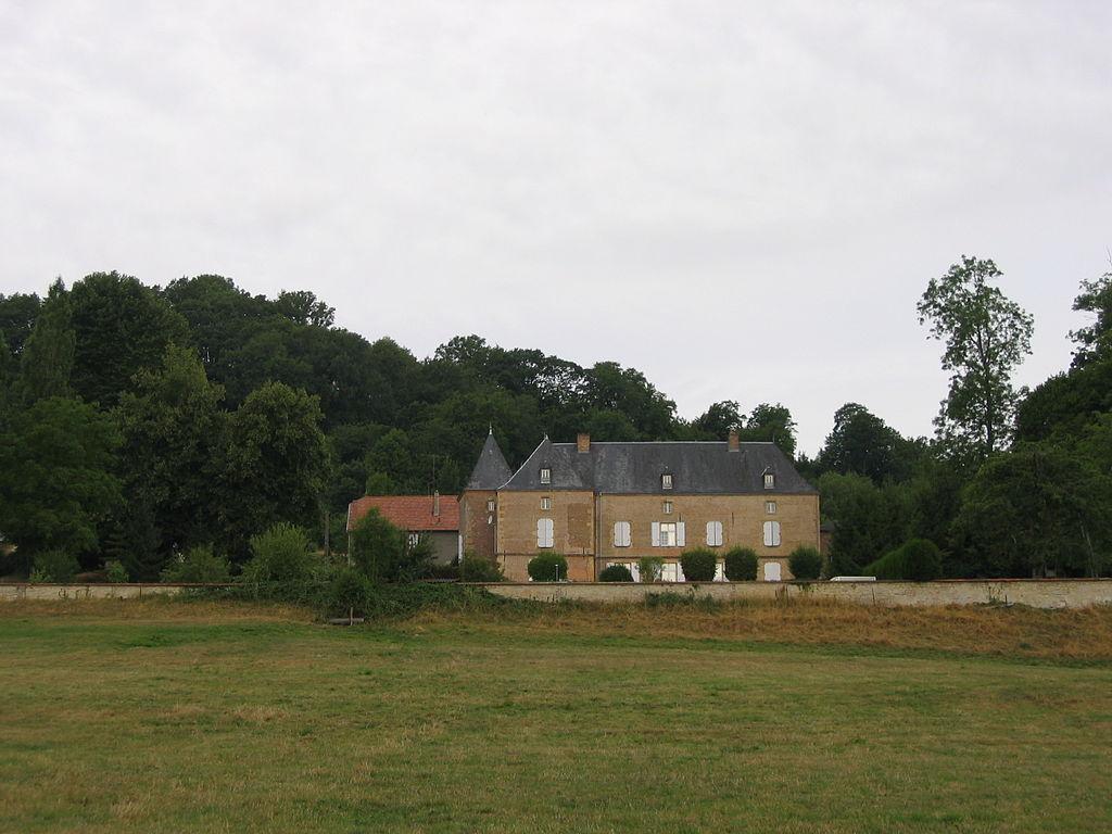 Chateau Chatel Chehery Ardennes France 009.JPG
