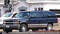 Chevrolet 1500 Suburban LT 1999 (34376180844).jpg