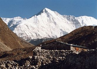 Cho Oyu - The south side of Cho Oyu from Gokyo.