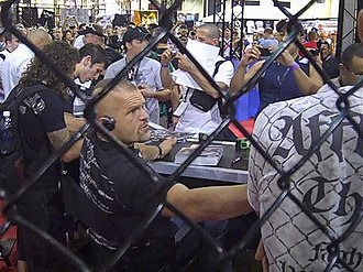 Chuck Liddell - Chuck Liddell with the fans at the UFC 100 Fan Expo