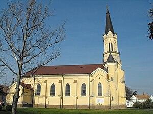 Maroslele - Image: Church Maroslele