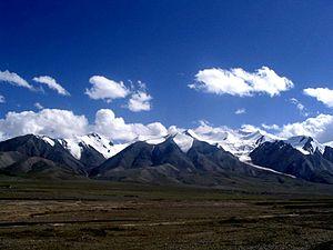 Kunlun Mountains - View of Western Kunlun Shan from the Tibet-Xinjiang highway