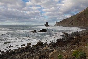 Costa de Anaga y roques.jpg