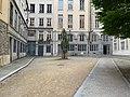 Cour des Moirages (Lyon) en mai 2019 (2).jpg