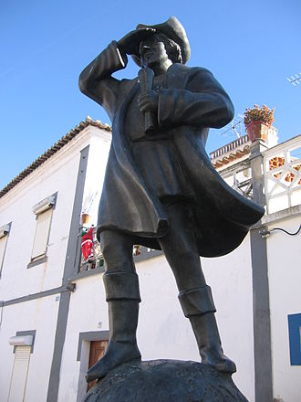 Origin theories of Christopher Columbus - A statue of Columbus in Cuba, a town in Southern Portugal.