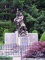 Croce mosso monumento ai caduti.jpg